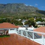 Blick von der Dachterasse zum Tafelberg