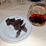 Cioccolato fondente Amedei con rum Zakapa