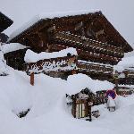 Vue de l'extérieur sous la neige