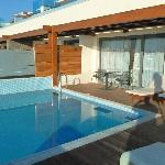 Room & private pool