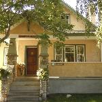 Juniper House, Jasper, AB