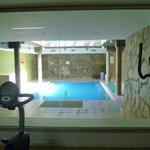 El gimnasio y la piscina climatizada