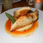 Volaille fourrée aux champignons et foie gras