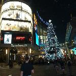 Citichic Boutique Suite Hotel - Main Sukhumvit street by night