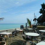 comedor con vista playa