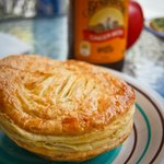 The perfect lunch: pie and ginger beer