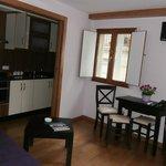 Nuestro precisoso mini salón-cocina