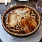 Soupe Gratinee a l'oignon (salatissima)