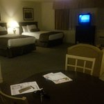 Tuscany Suites & Casino room