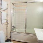 Standard Bath Room