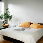 Chambre jaune, yellow room