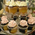 Neapolitan & Raspberry Cupcakes