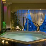 Sensory Spa by Clarins, Whirlpool