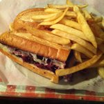 Pastrami Sandwich w/fries