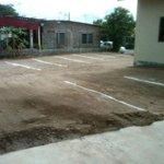 estacionamientos cercados del hostal