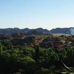 site du relais de la reine intégré dans le massif isalo