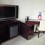 Tv, minibar and desk