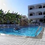 Hotel pool:)
