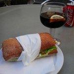 Photo de Fundacio Joan Miro Bar-Restaurant