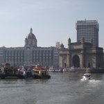 View of The Gateway of Indi and the Taj from the boat