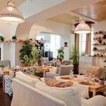 Основной зал maLLina cafe