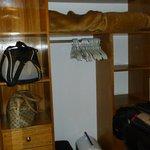 Práctico vestidor para guardar el equipaje