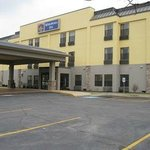 Come visit our newly renovated Best Western Plus Mishawaka Inn Hotel