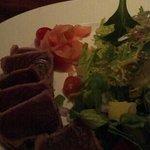 seared ahi tuna salad...my favorite