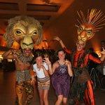 """Avant le show the Lion King .. superbe performance de tous les danseurs Bravo !""""!"""