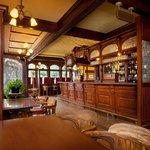 Rose & Crown Pub & Dining Room