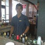 muy buen servicio..!! servcio de lujo en el bar sport con david!