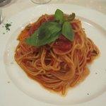 Fantastic spaghetti con pommodoro e bassilico