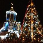 iglesia de la colonia Tovar en Navidad