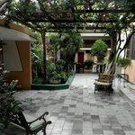 Jardín del hostal