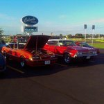 car show at cluvers each thursday night