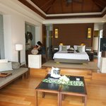 Pool villa room