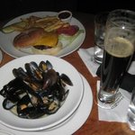 mussles, beer and cheeseburger and fries