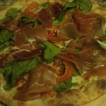 mozzarella, rucola fresh tomatoes and parma ham