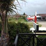 Blick auf die Tankstelle - direkt vom Balkon :-(