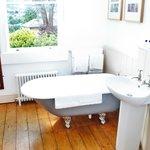 Luxury King size Room – Bathroom