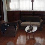 Sala de estar de la habitación