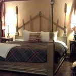King size bed fit for royalty - Cinderella's Coach House