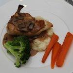 Roast Chicken with mash & vegies