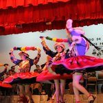 Bailes típicos en el Centro Qosqo