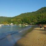 Tago Mago est située au bout de cette plage