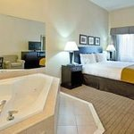 King Jacuzzi Whirlpool Room