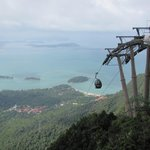 During our island tour organized by Fox Hill : Visiting the cable ride at Gunung Marchingchang.