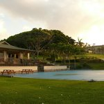 Nearby tennis courts and a mapped court of the Hawaiian Islands.