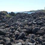 """Praia do """"Calhau"""" em Lagoa. Ponta Delgada ao longe."""