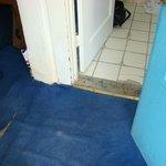 gross floor from at hallway/bathroom